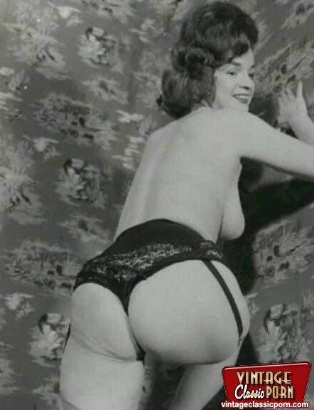 Porn pussy open wide black